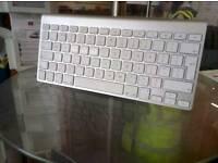 Apple, Silver Wireless Keyboard