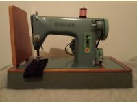 ELECTRIC SINGER 285K SEWING MACHINE