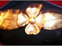 ANTIQUE GOLD PLATED FOUR LEAF CLOVER BROOCH