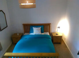 Comfortable, spacious double room available in Knightswood.
