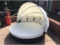 Rattan patio Day Bed With Canopy & Cushions sun lounger From Argos RRP £600