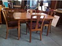 Merdew Teak Dining Table with Four Chairs (Excellent Condition)