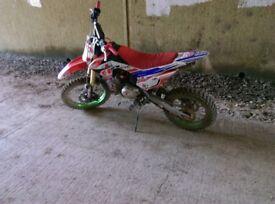 Pit bike mechanic wanted
