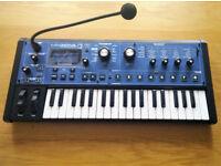 Novation Mininova Keyboard/Synthesizer