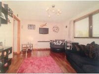 Large, 1 bedroom flat for sale in Aberdeen with access to roof top garden.