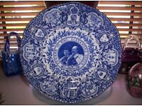 ANTIQUE COALPORT CORONATION PLATE OF KING EDWARD, AND QUEEN MARY