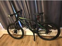 Carrera Vulcan Men's Mountain Bike 27 gears mint pedal bike push bike bicycle going very cheap £280