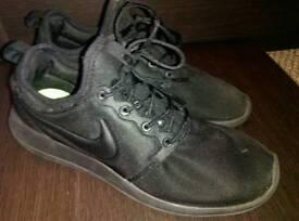 Nike Roshe Twos