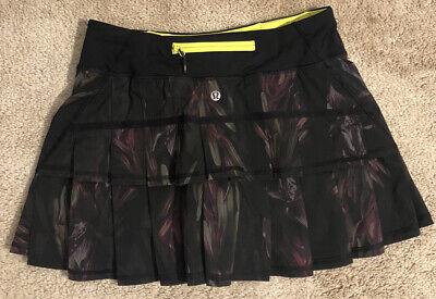 Lululemon Run Pace Setter Tennis Running Skirt Black Floral Skort Size 4 EUC