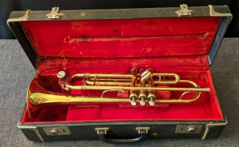 Used King Musical Insturments Trumpet with Case