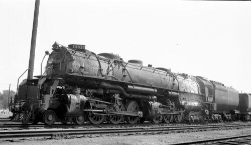 Union Pacific (UP) - 4-6-6-4 - #3839 - Original B&W negative