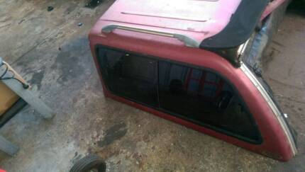 Toyota Hilux 1996 Canopy