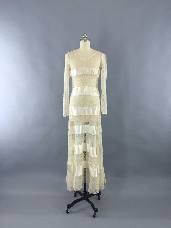 VINTAGE 1930 Dress Ivory Lace Satin Bias Cut/ 1930\'s Wedding Dress ...