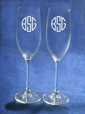 2 Circle Monogrammed Wedding Toasting Glasses Flute Engraved Personalized -