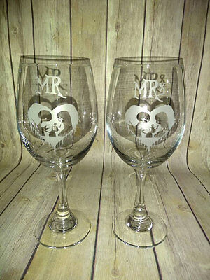 Mr & Mrs Jack and Sally Wine Glasses - Nightmare Before Christmas Wedding