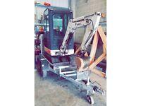 Bobcat 1.5 ton digger trailer 3 buckets