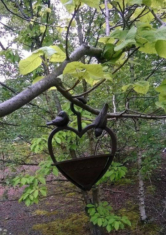 petit mini d me mangeoire pour oiseaux jardin oiseau graines noix ebay. Black Bedroom Furniture Sets. Home Design Ideas