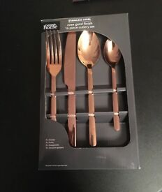 ROSE GOLD 16 POECE CUTLERY
