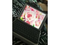 iPad Air 2 with Logitech Keyboard Case