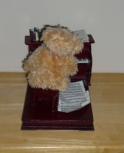 Piano Playing Bear ..Wood Piano : Clean,SmokeFree Cambridge Kitchener Area image 5