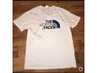 Boys white north face t shirt
