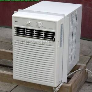 Air conditioner climatiseur VERTICAL 12000 btu AC largeur=14½""