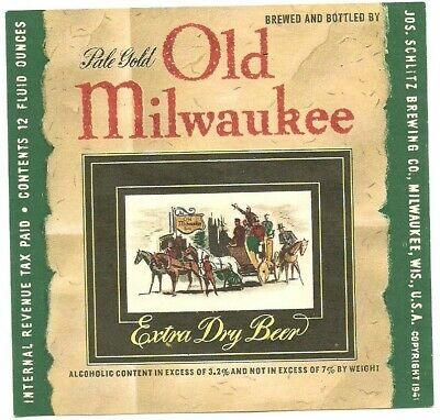 Old Milwaukee Pale Gold Beer label, IRTP, Wisconsin, 1940s, 12 oz., 3.2% to 7%
