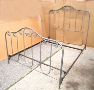 Metal Silver Queen Bed frame, used good cond,delivery possible$$