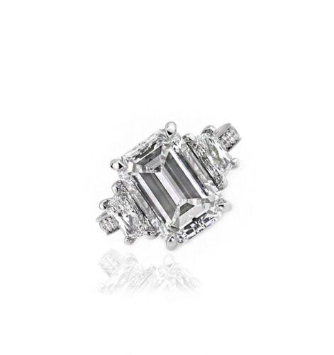18K Three Stone Diamond Engagement Ring GIA Certified 2.60 Carat Emerald & Tr...