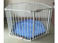 Lindam Playpen and Room Divider