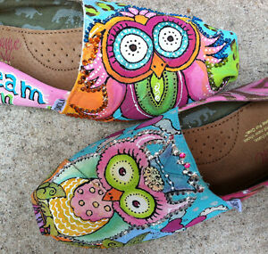 Custom-Hand-Painted-TOMS-Owls-zebra-cheetah-hearts-bling-shoes-women-CoLoRfUL