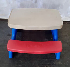 TODDLER PICNIC TABLE