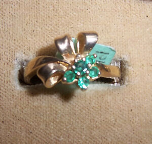 10kt Gold Emerald Ring - New, never worn