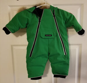 Authentic Canada Goose Toddler Ski Jacket 0-3 months brand new