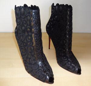 *** NEW *** Louboutin Indiboot Lace-Front Red Sole Boots 41
