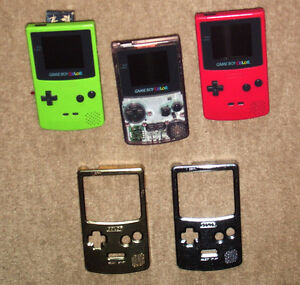 4 GAME BOY COLOR SYSTEMS AND ACCESSORIES-CABLES, AC POWER ETC