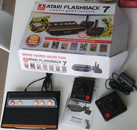 ATARI Flashback 7 Console - Retro Games - 2 Controllers! NEW