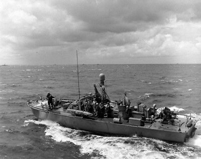 Us Navy Pt Boats (WW2 WWII Photo US Navy PT Boat PT-513 June 1944 England World War Two / 7171 )