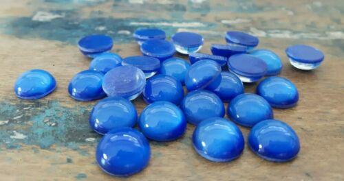 Nr. C111 Zauberhafte alte Glascabochons mondscheinblau 15 Stück DM 10 mm