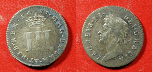 1687 UK 3 pence Silver - Solid VF   stk#wb285