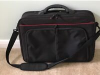 LAPTOP COMPUTER TABLET BAG HOLDALL NEVER USED