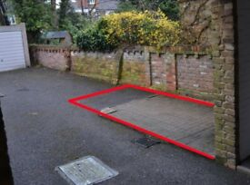 Parking Space in Wimbledon, SW19, London (SP44201)