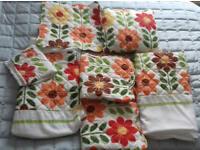 Vintage chic bed linen set