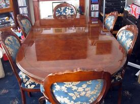 Extending Dining Table and 6 Chairs (2 Carvers)