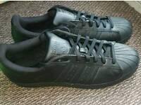 Adidas Shell Toe Black trainers UK size 11