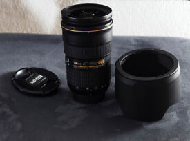 Nikon Nikkor 24-70mm AF-S f/2.8 Pro zoom lens - Mint condition and boxed