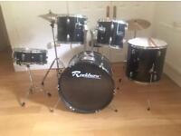 Full 11 piece drum kit