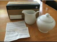 Pampered Chef Sugar Bowl and Creamer Set - NEW