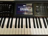 Korg Kronos 2, 73 key, mint with heavy duty K&M 18810 Omega table-style keys stand,ONO