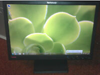 "LENOVO 19"" widescreen LCD monitor PC / Laptop / Dual View / CCTV SECURITY CAMERA - GREAT CONDITION"